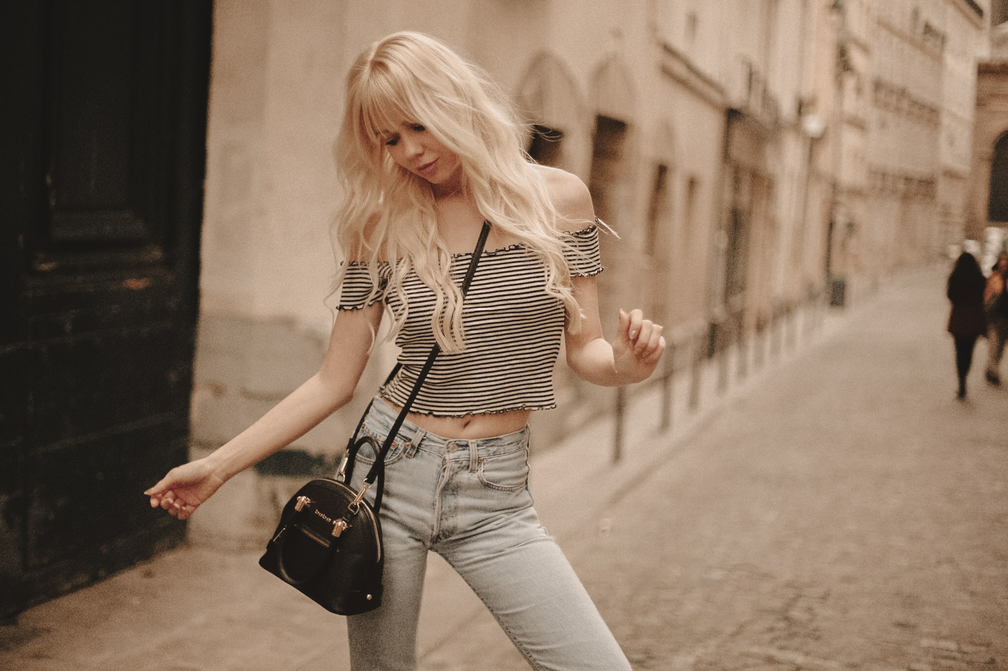 Sarah Loven vintage french style