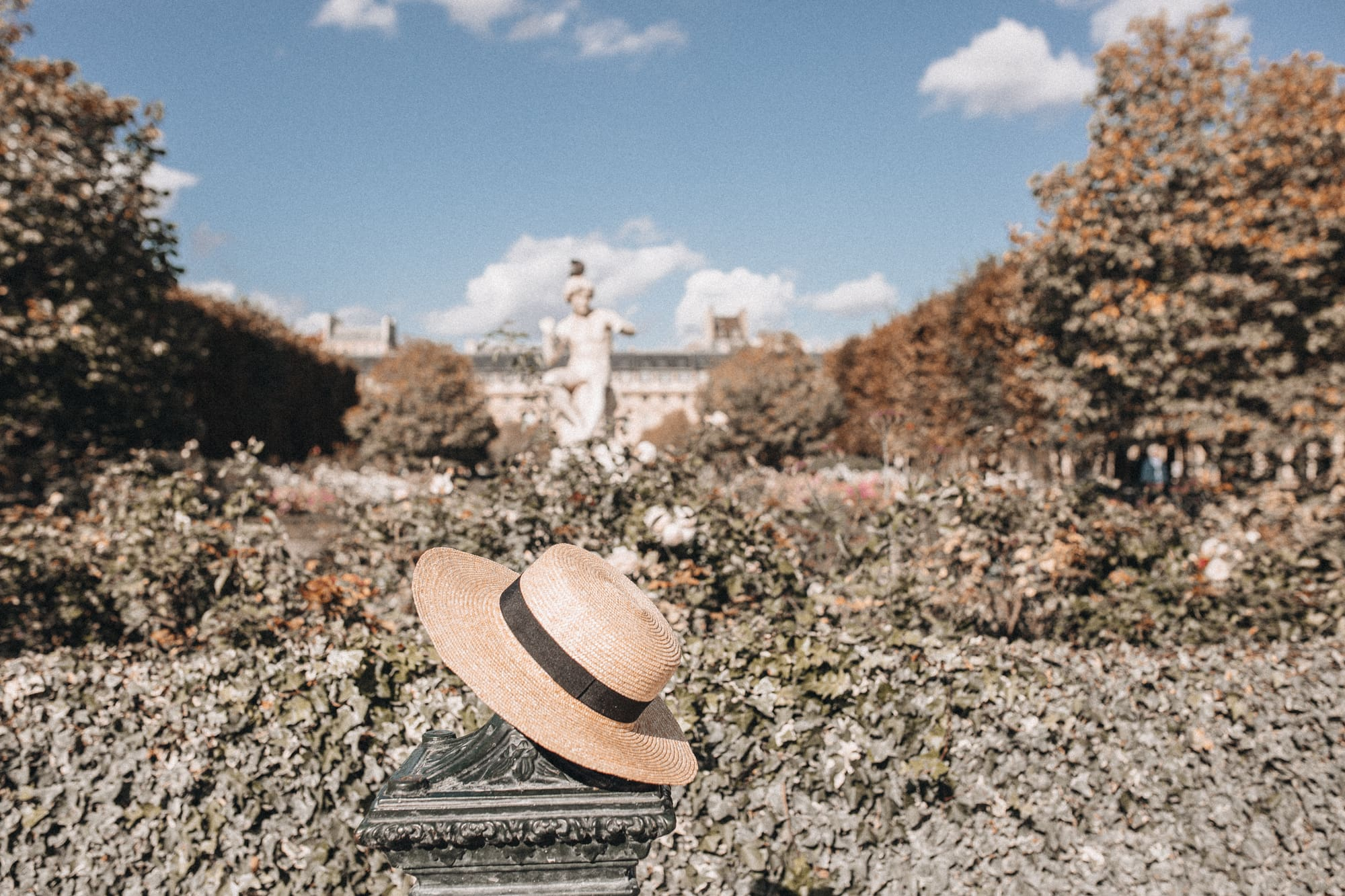 Enjoué Collectif straw boater hat in Paris