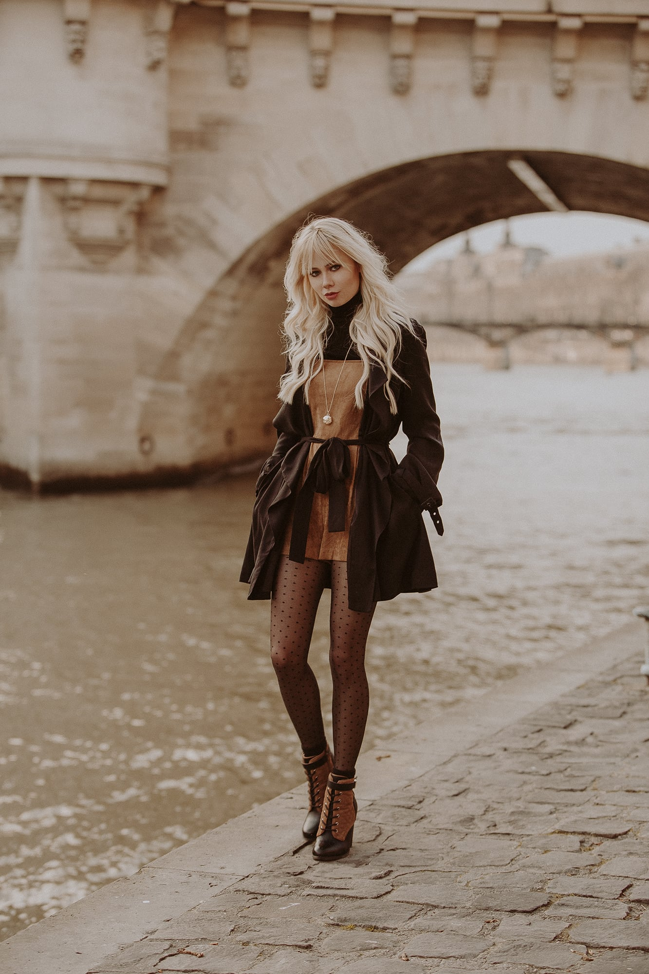 Sarah Loven styling polka dot tights in Paris