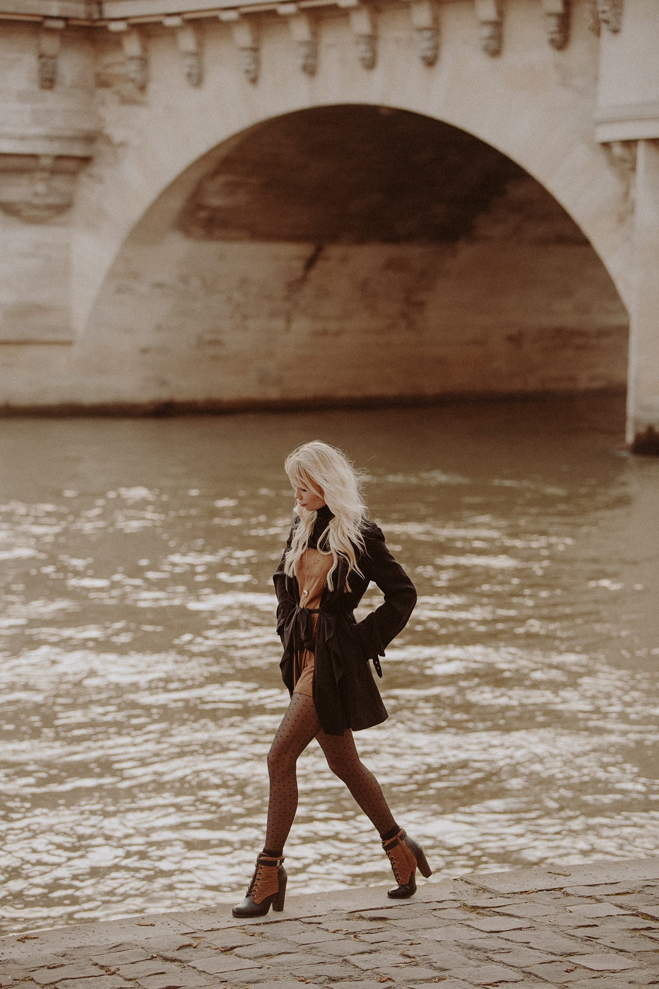 Sarah Loven Seine River Paris