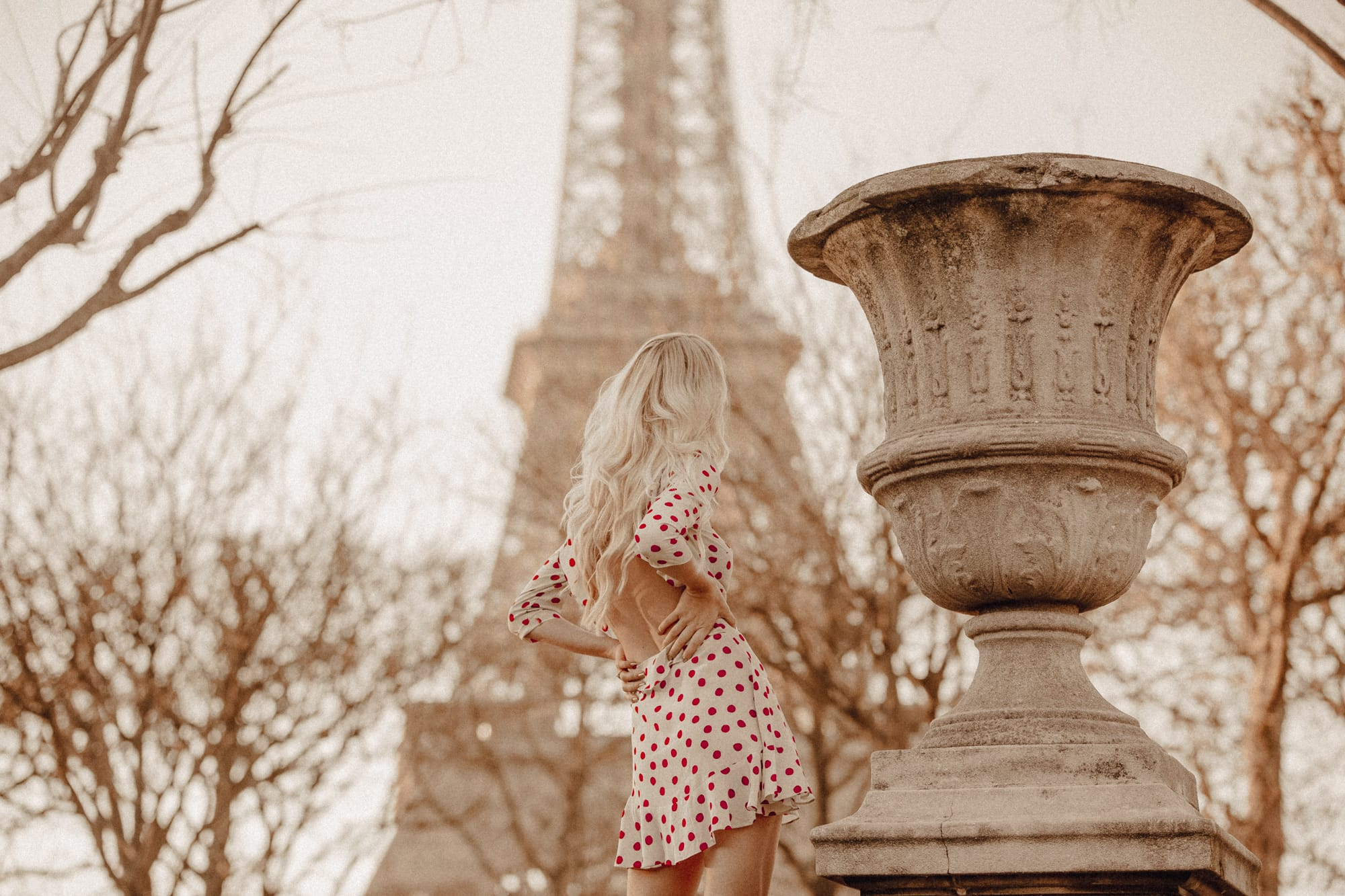 Sarah Loven, Jetset Lust, Eiffel Tower Paris