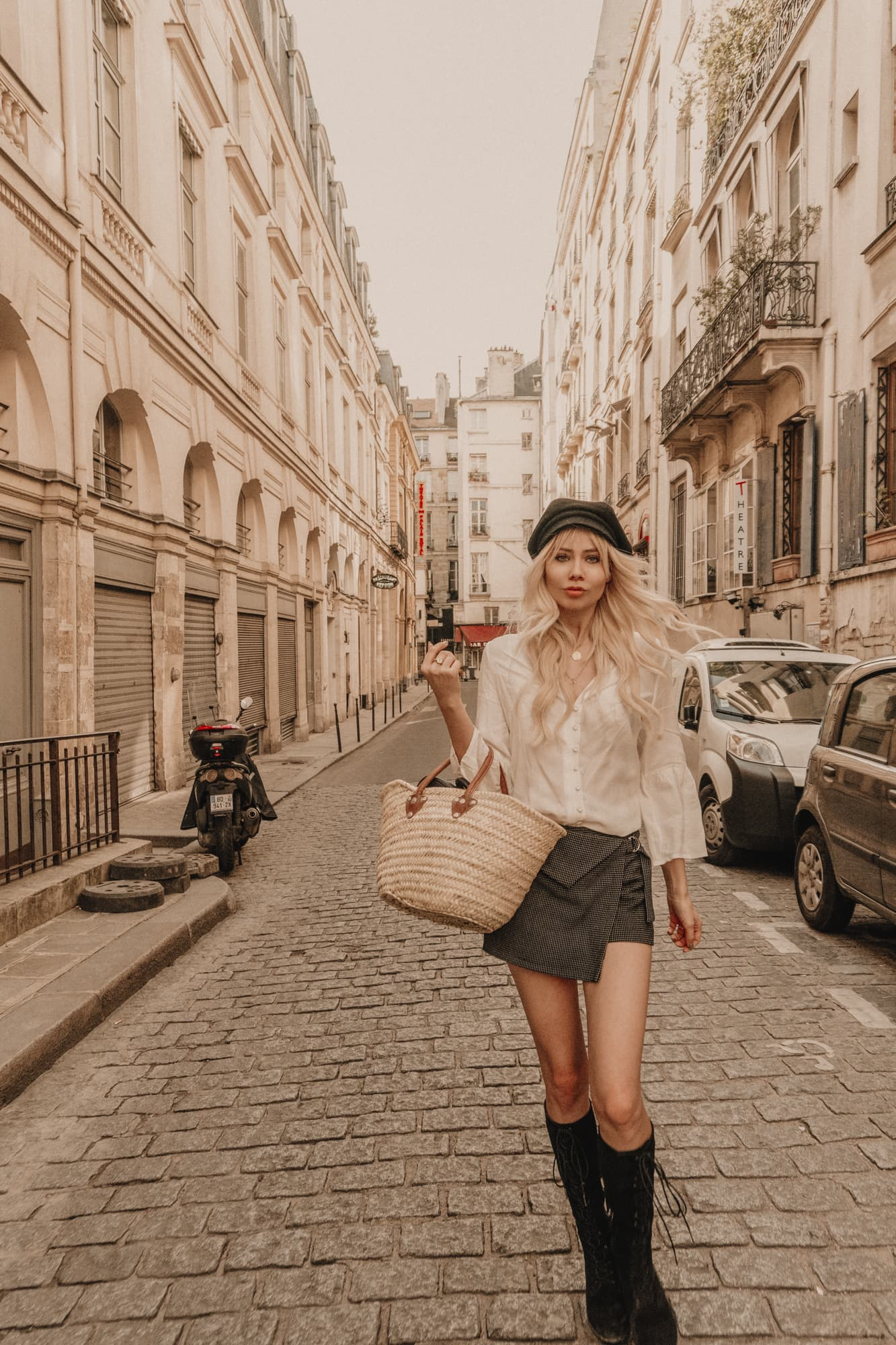 Sarah Loven French street style