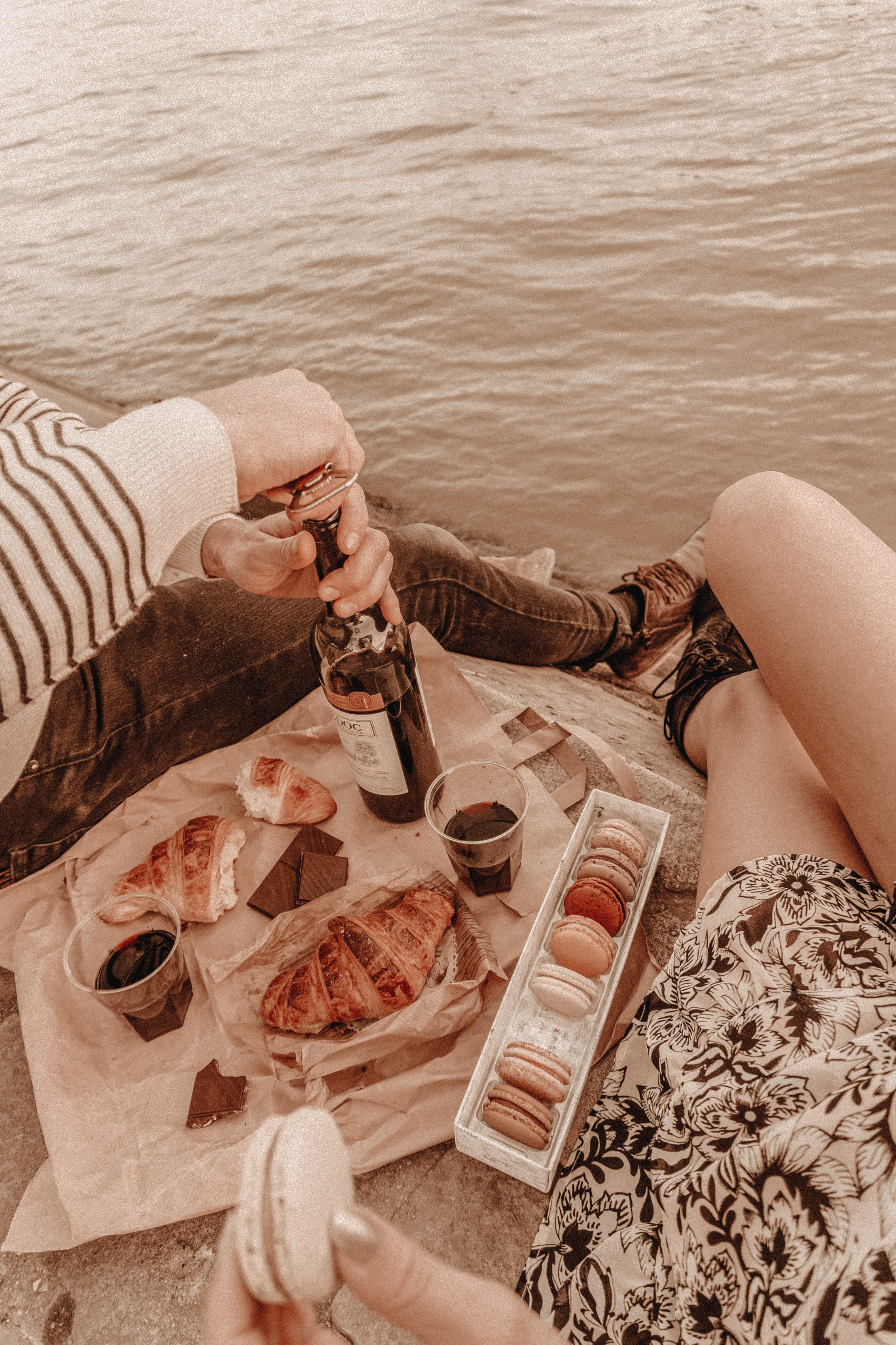 romantic picnic at the Seine River, Paris