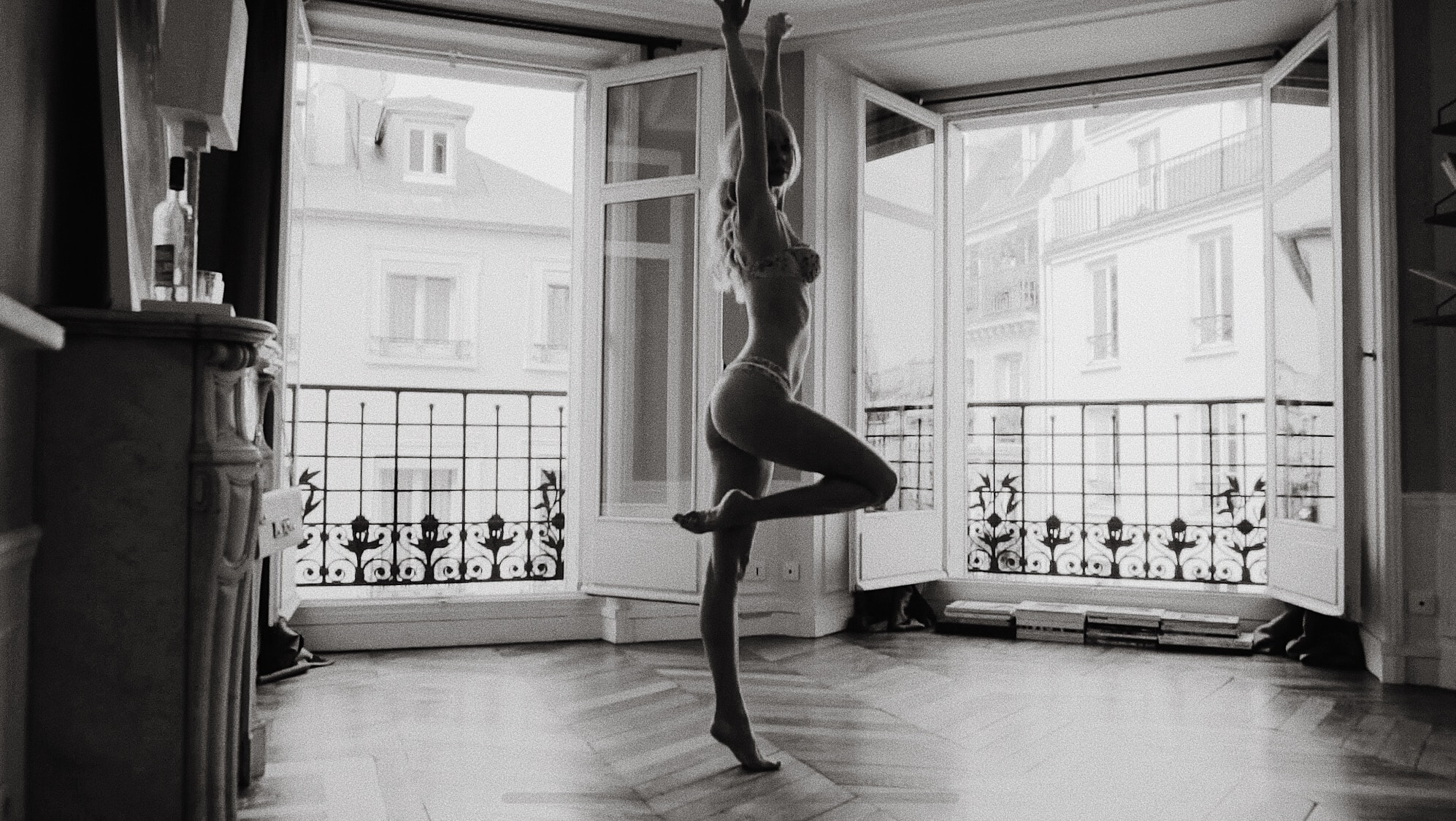 Sarah Loven black and white ballet photography in Paris